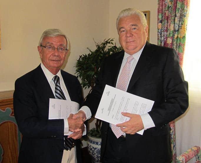 La Real Academia de Gastronomía y la Asociación de Amigos firman un Convenio de colaboración