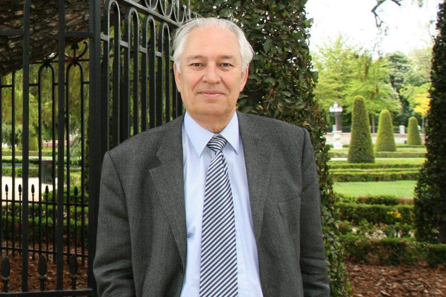 Fallece el Académico Ismael Díaz Yubero